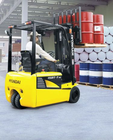 hyundai-electric-forklift-4